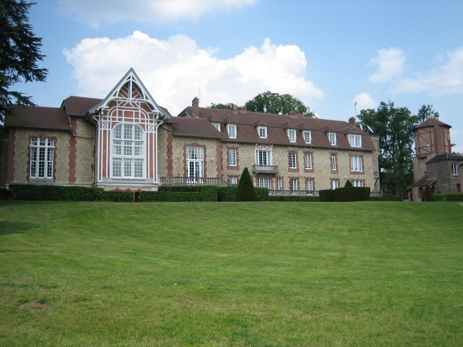 Clairefontaine training center